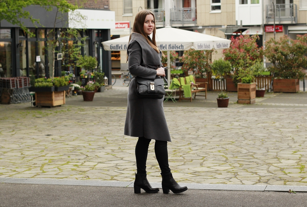 All grey black look in May auf La Mode et Moi, dem Modeblog aus Köln