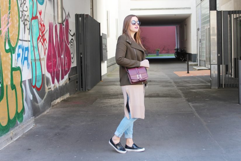 Khaki and Oxblood for an easy City-Look - auf dem Modeblog La Mode et Moi