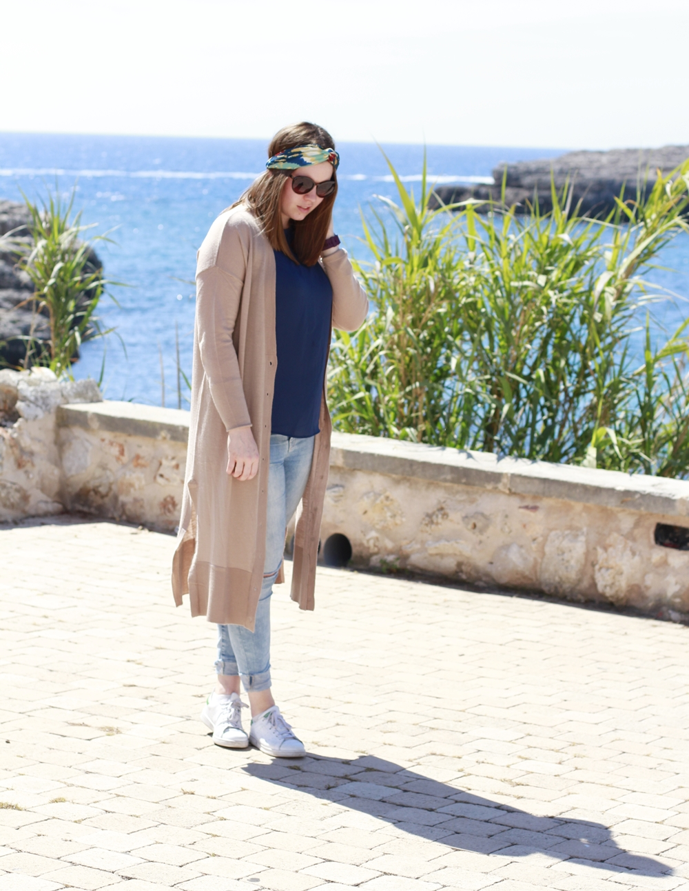 Turban-Haarband am Strand von Porto Colom - La Mode et Moi, der Modeblog aus Köln