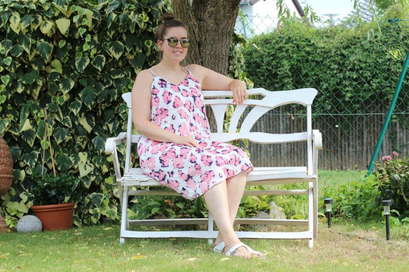 Cherry Blossom Slip Dress - La Mode et Moi, der Modeblog aus Köln