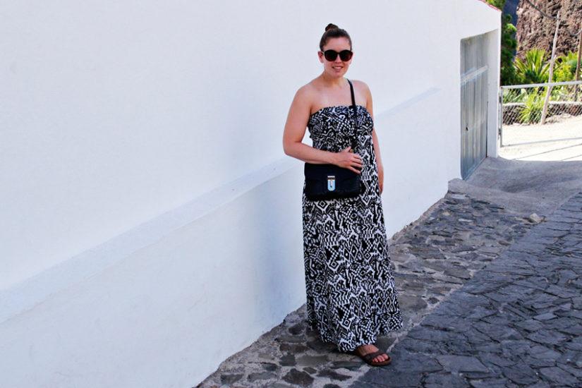 Schwarz-weißes Bandeaukleid in Masca - LA MODE ET MOI, der Modeblog aus Köln