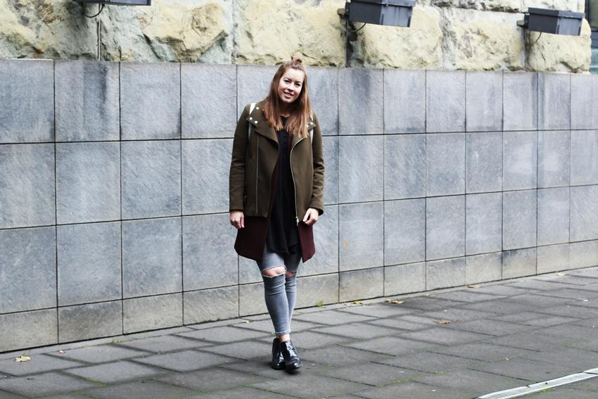 Layeringlook mit khaki Fliegerjacke - LA MODE ET MOI, der Modeblog aus Köln