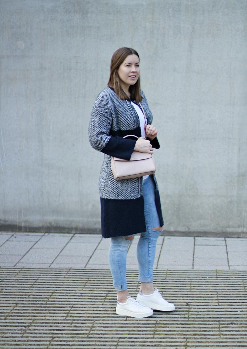Michael Kors Cross Body Bag, Michael Kors Ava, Outlet Roermond, Blog Köln, Blauer Cardigan, Plateau Sneaker, Blogger-Look, easy Fashion, Primark Cardigan, günstige Designertasche
