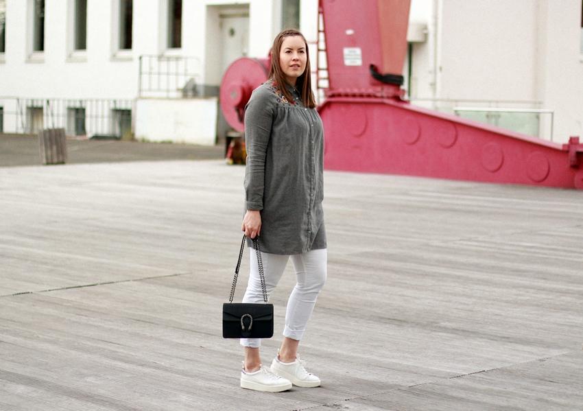 Bestickte Bluse im Skandinavien-Stil - LA MODE ET MOI, der Blog aus Köln