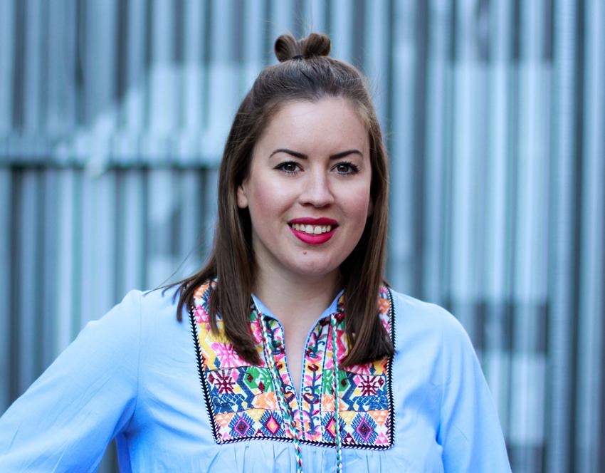 Bunte Boho Tunika mit Bommeln - LA MODE ET MOI, der Modeblog