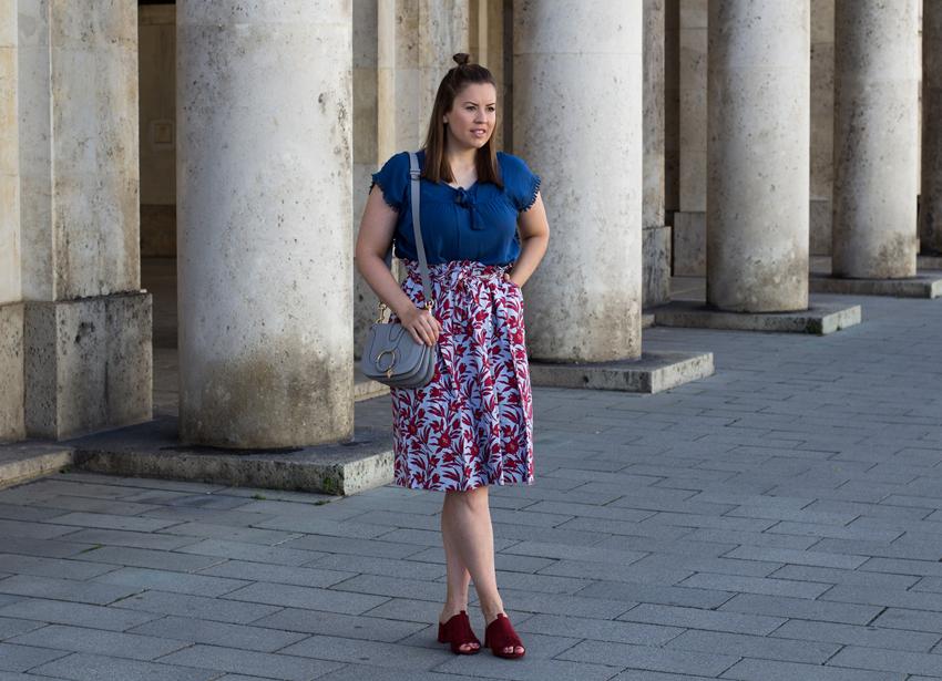 Ballon Midi Rock mit geschnürter Taille - LA MODE ET MOI, der Modeblog