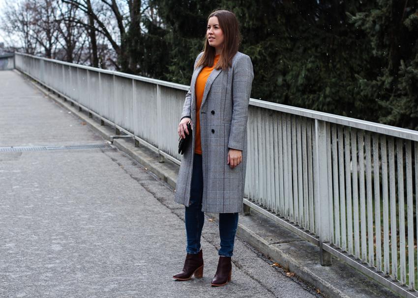 Mantel mit Karomuster Mantel und Solsana Stiefeletten - LA MODE ET MOI, der Modeblog