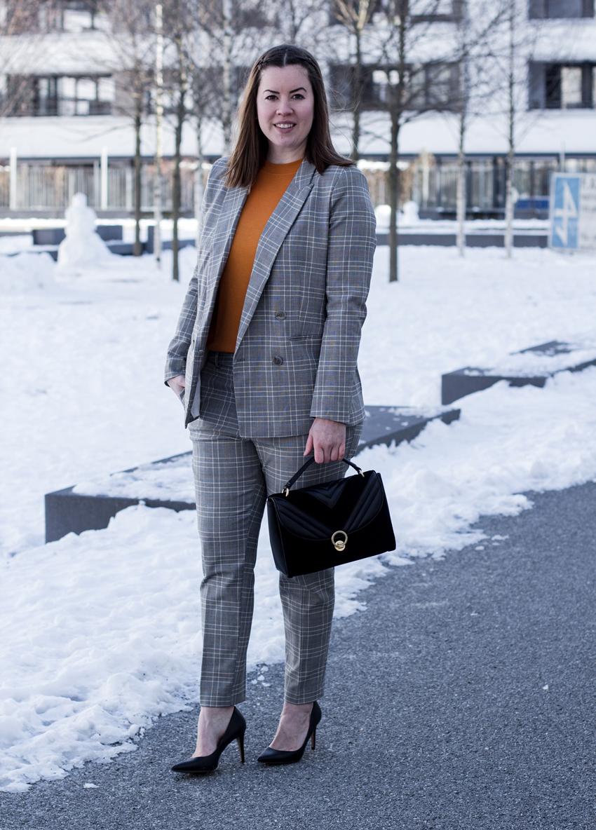 Karierter Anzug: Raus aus meiner Komfortzone - LA MODE ET MOI, der Modeblog