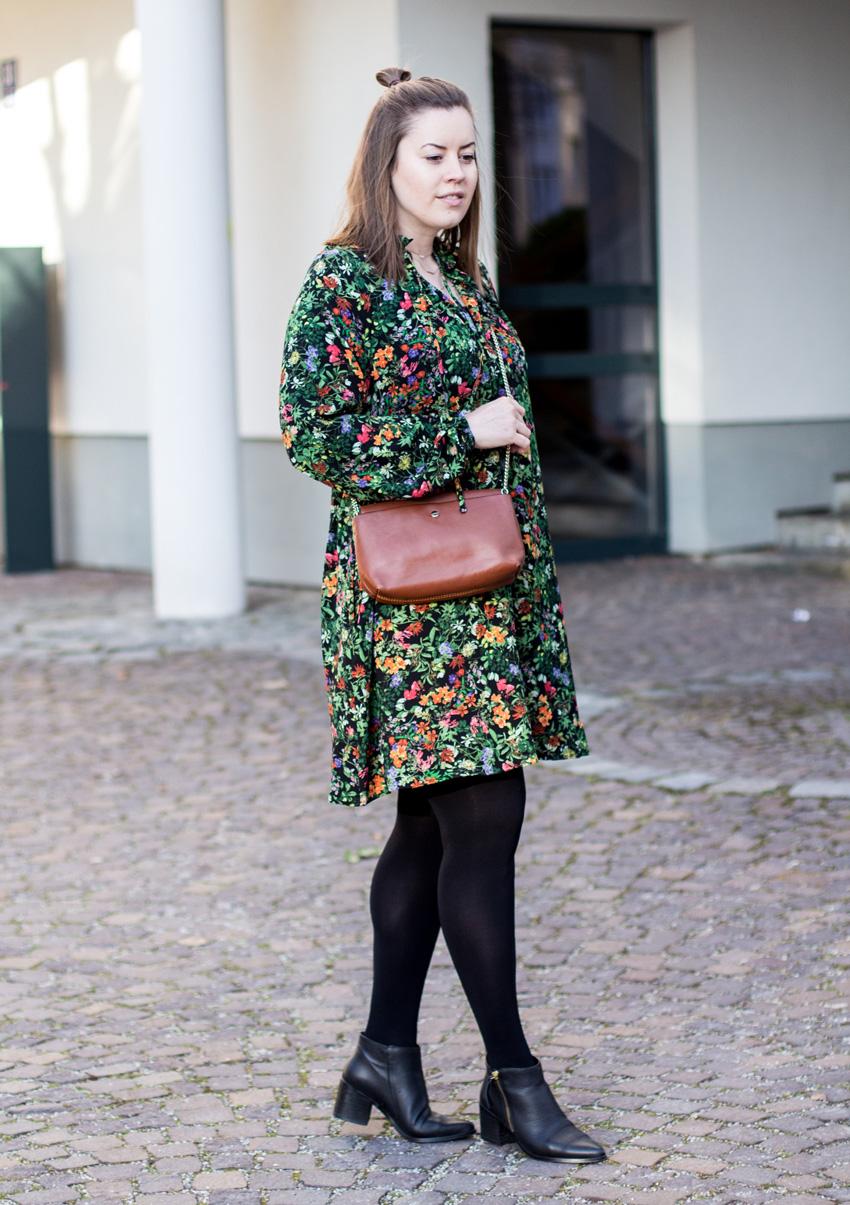 Fashiontrend: Millefleurs Kleid - LA MODE ET MOI, der Modeblog