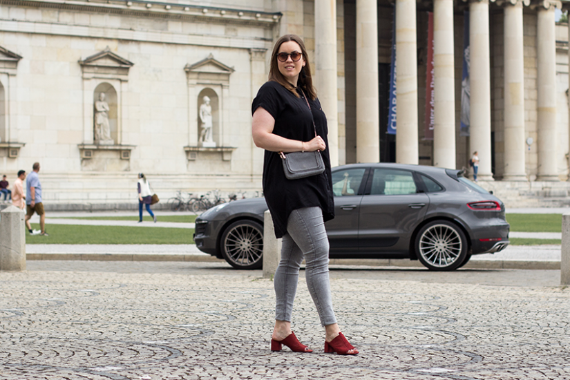 Oversize Bluse und rote Mules - LA MODE ET MOI, der Modeblog