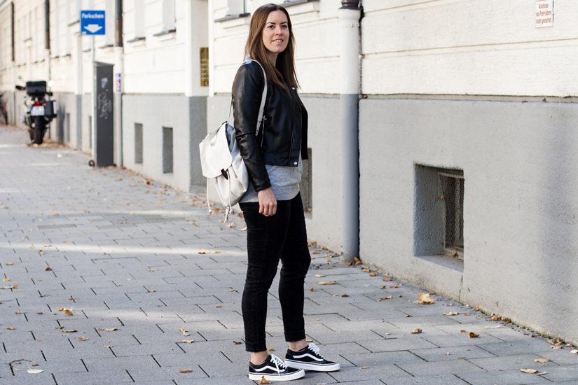 Monochromer Look mit Kunstlederjacke - LA MODE ET MOI, der Modeblog