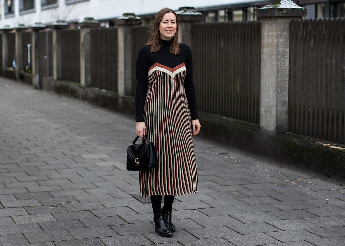 Festlicher Look: Ein Metallic Kleid für den Silvesterabend - LA MODE ET MOI