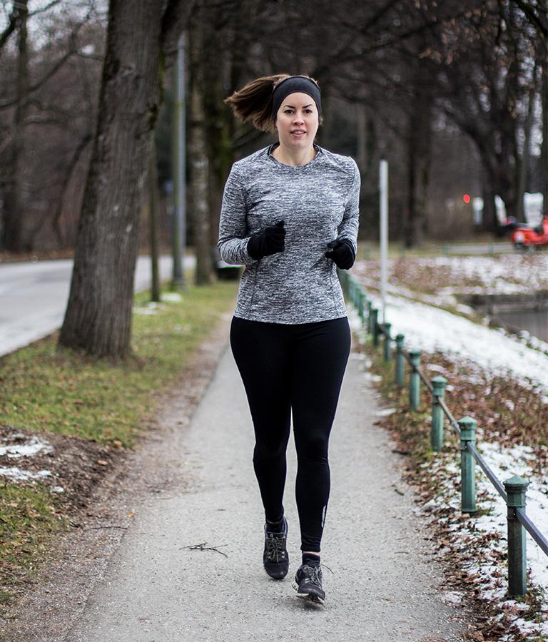 Laufen im Winter: Meine 4 Tipps um dran zu bleiben - LA MODE ET MOI, der Blog