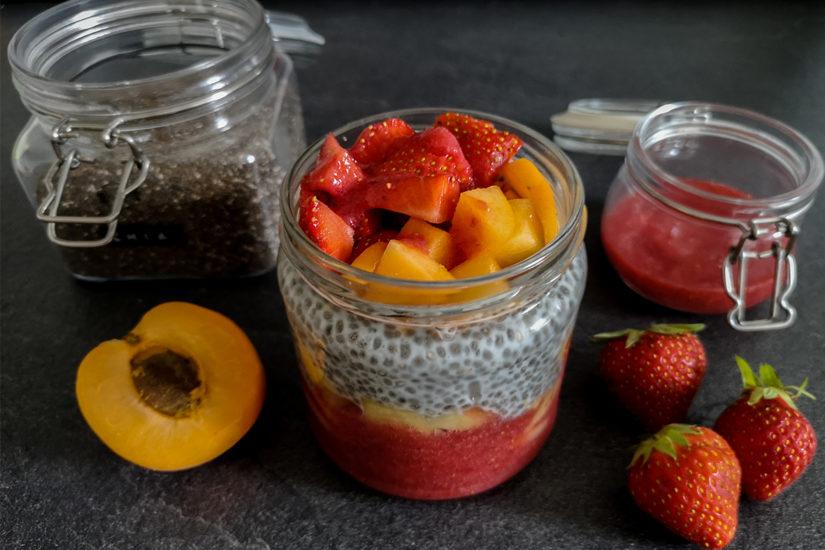 Fruchtiges Overnight Chia Frühstück - LA MODE ET MOI, der Zöliakieblog