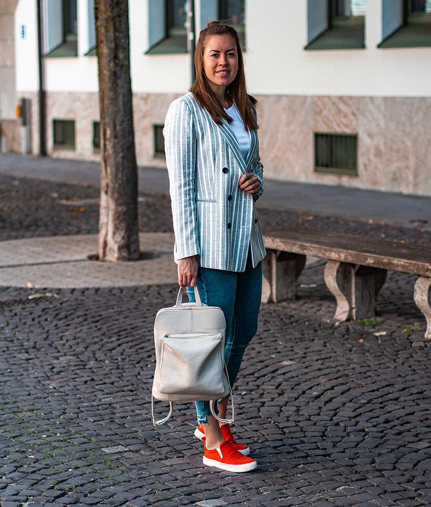 Casual Blazer Look mit Rucksack - LA MODE ET MOI, der Modeblog
