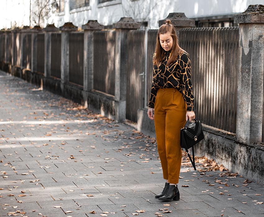 Gemusterte Hemdbluse, Culotte & gesteppte Tasche - LA MODE ET MOI, der Modeblog
