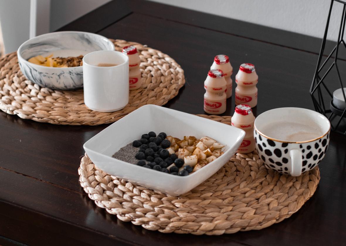 Glutenfreie Frühstücksideen für Meal Prep mit Yakult - THE BUTTON by Emilie, der Zöliakieblog