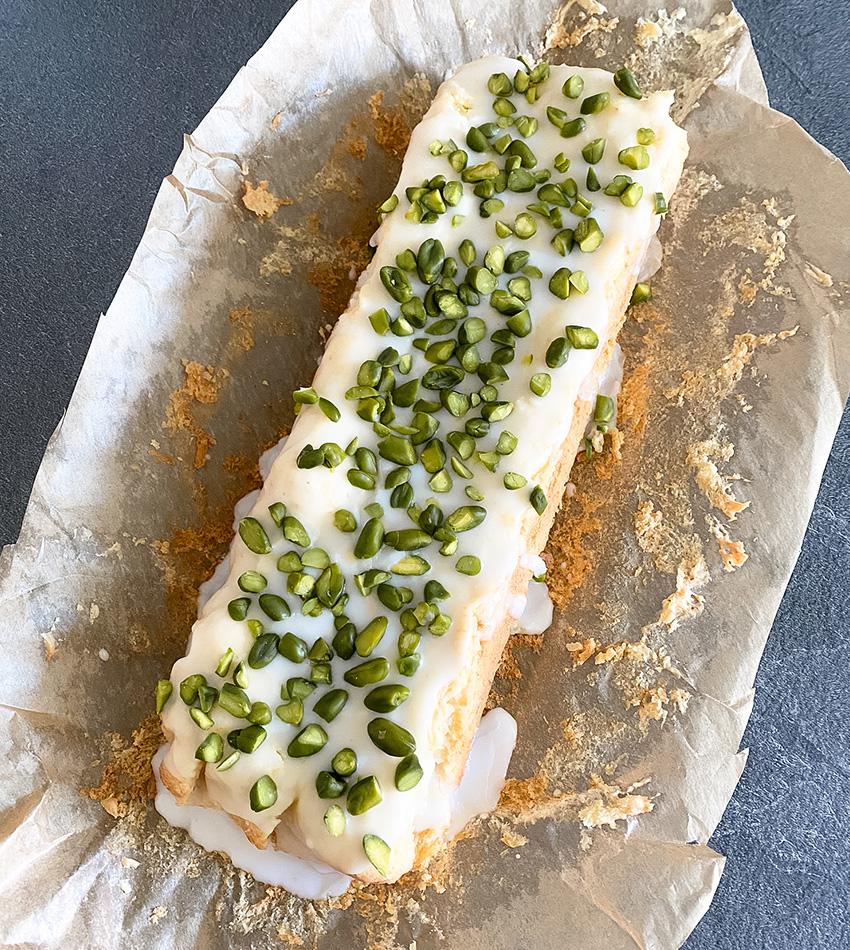 Glutenfreier Zitronenkuchen mit Pistazien - THE BUTTON by Emilie, der Zöliakieblog