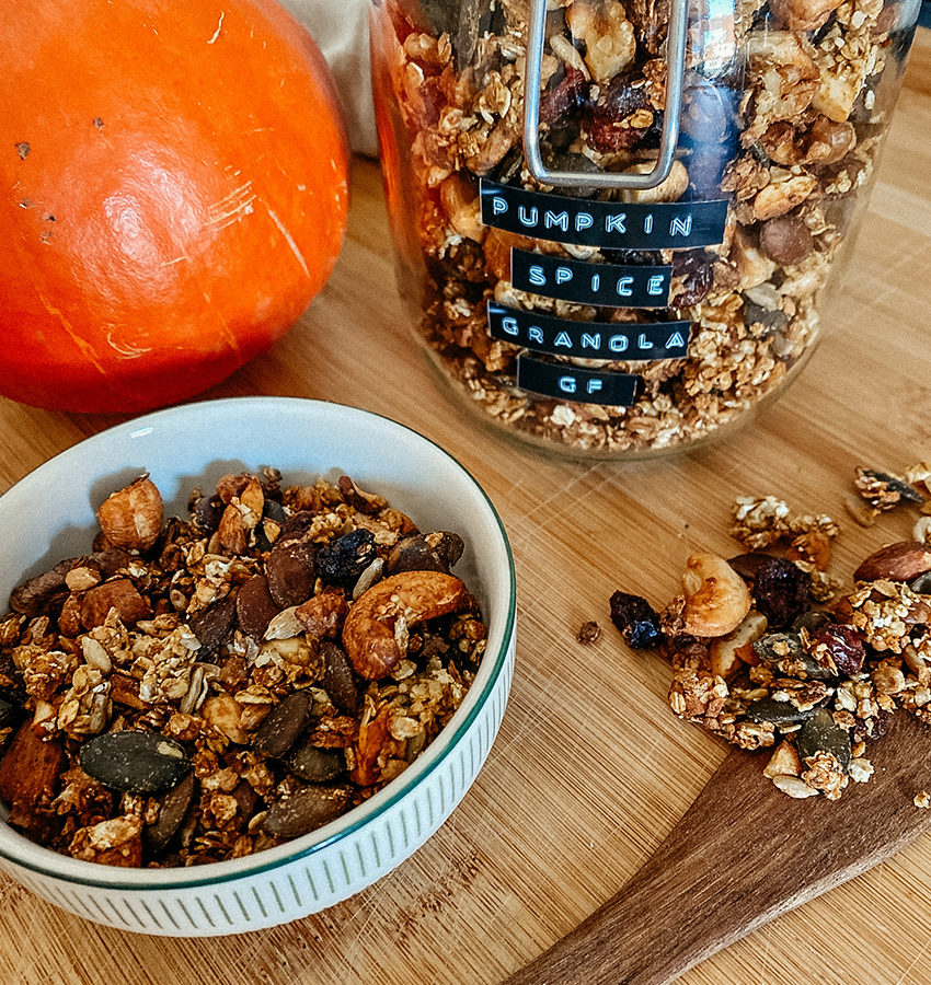 glutenfreies Pumpkin Spice Granola - THE BUTTON by Emilie, der Zöliakieblog